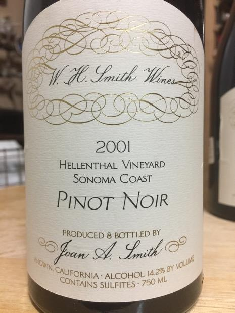W.H.Smith Wines Pinot Noir